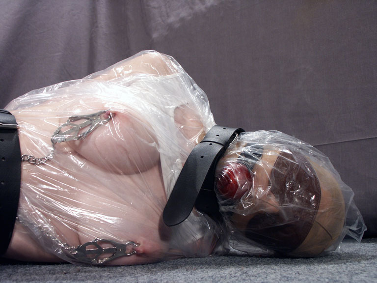 mummification bondage